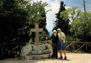 """Sandra e Luiz Carlos no Monte Subásio, Assis: celebrando 30 anos de união, perseguindo os passos do """"poverello"""""""